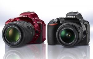 Nikon D5500 in Rot und schwarz