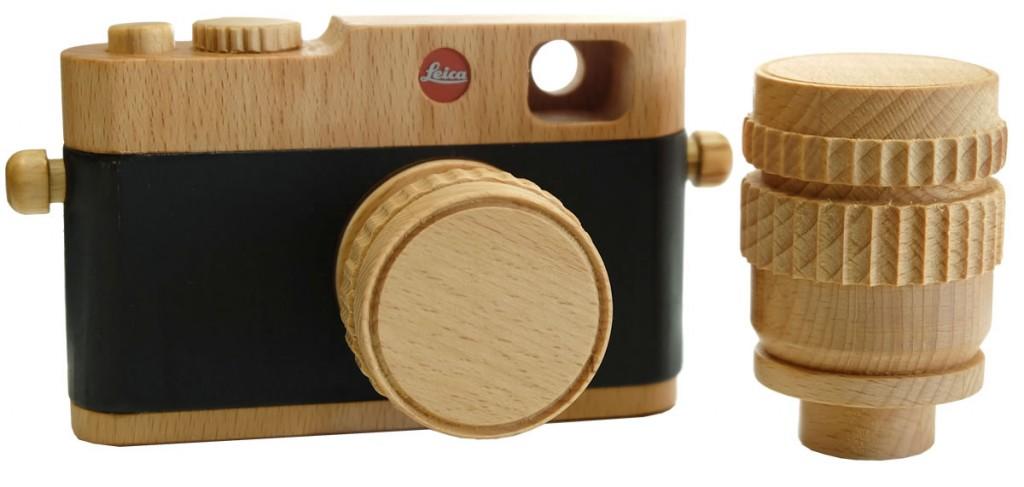 Die Leica Holzkamera ist aus Buche und ist gänzlich als Fanartikel anzusehen. Ein MUSS für jeden Leica-Freund.